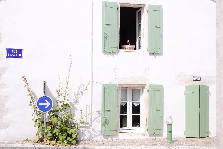 Elodie-Blog-ile-de-re_volets-verts