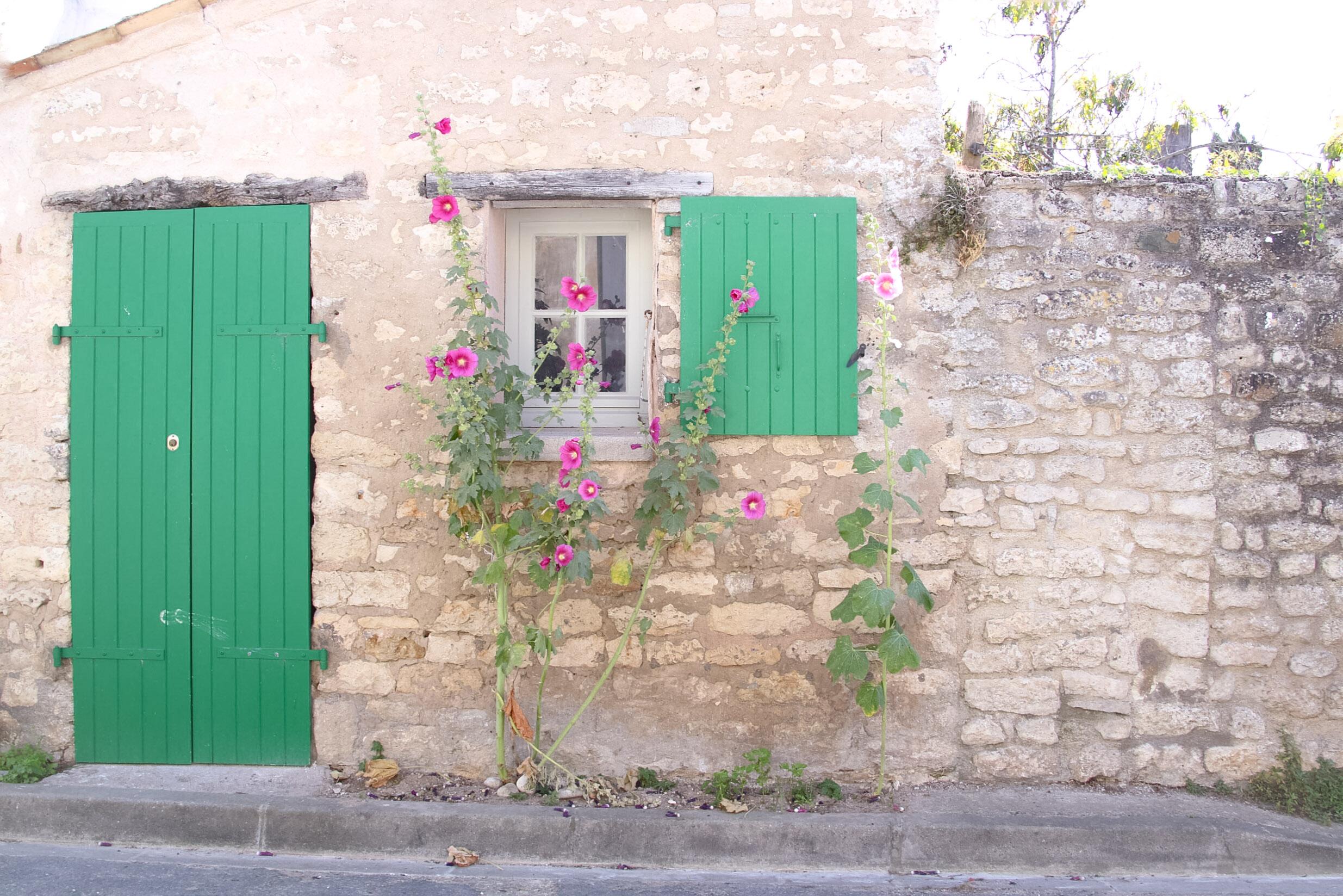 Elodie-Blog-village-arceau-volets-verts