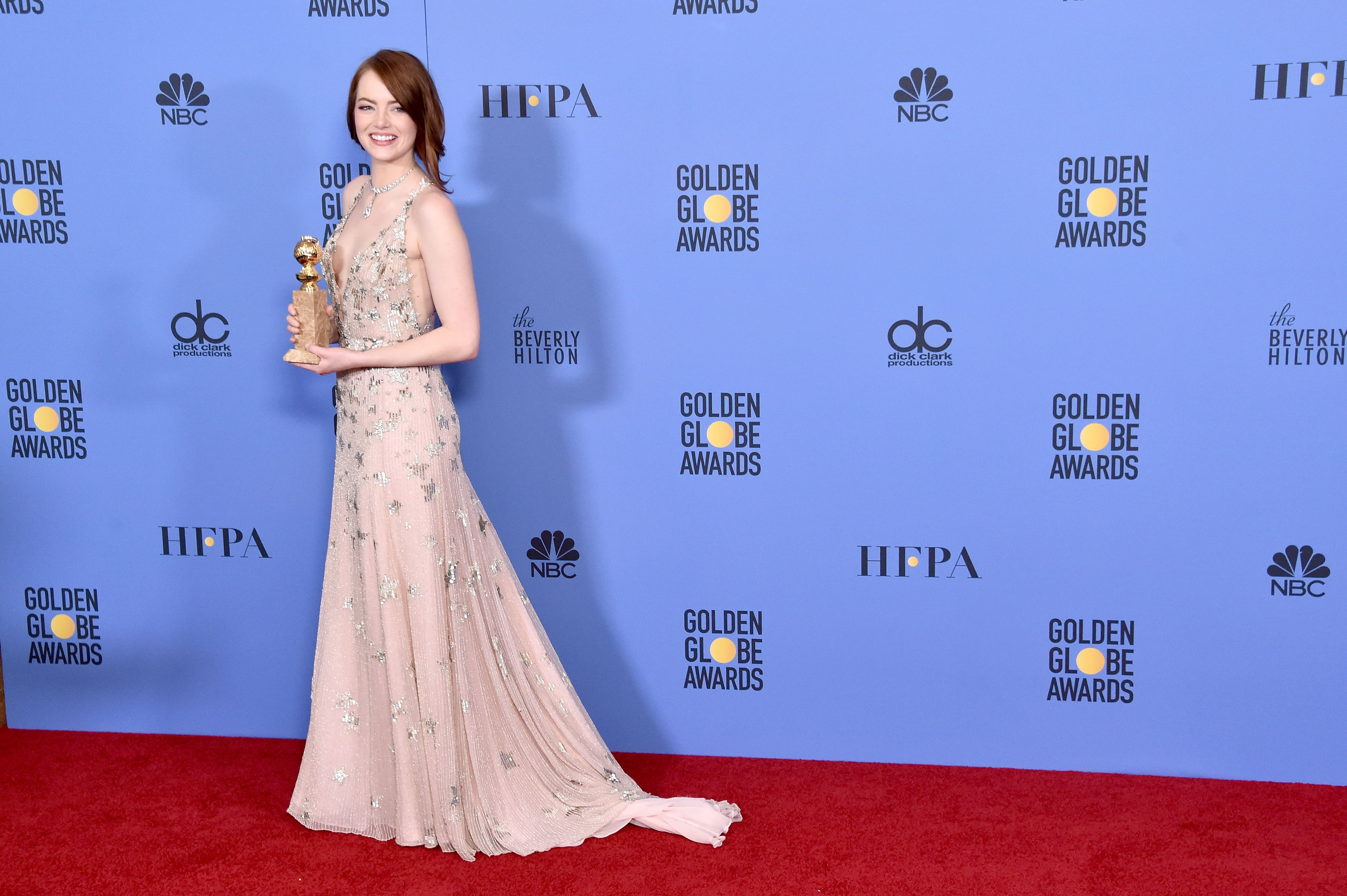 BEVERLY HILLS, CA - JANUARY 08: Actress Emma Stone poses in the press room during the 74th Annual Golden Globe Awards at The Beverly Hilton Hotel on January 8, 2017 in Beverly Hills, California. (Photo by Alberto E. Rodriguez/Getty Images)